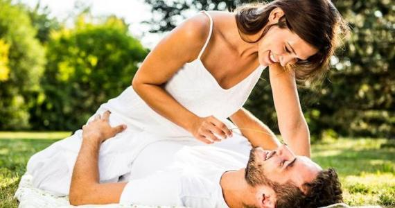 Three horoscope signs that get DANGEROUSLY attached to their partner!