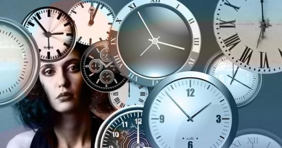 Hands on clock are overlapped, someone is thinking about me: What does it mean when a watch shows the same digits