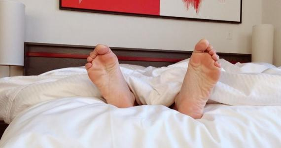 Do you sleep barefoot or in socks: Your character revealed with this psychological trick