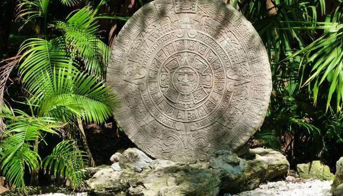 FOR BRAVE ONES: Aztec horoscope reads your destiny according to your date of birth!
