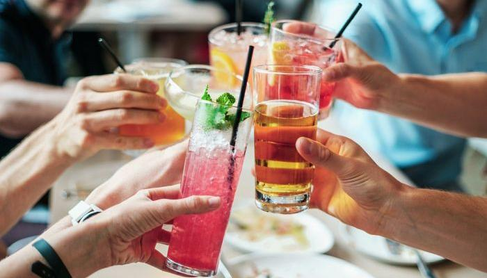 HOROSCOPE - Who can drink the most?